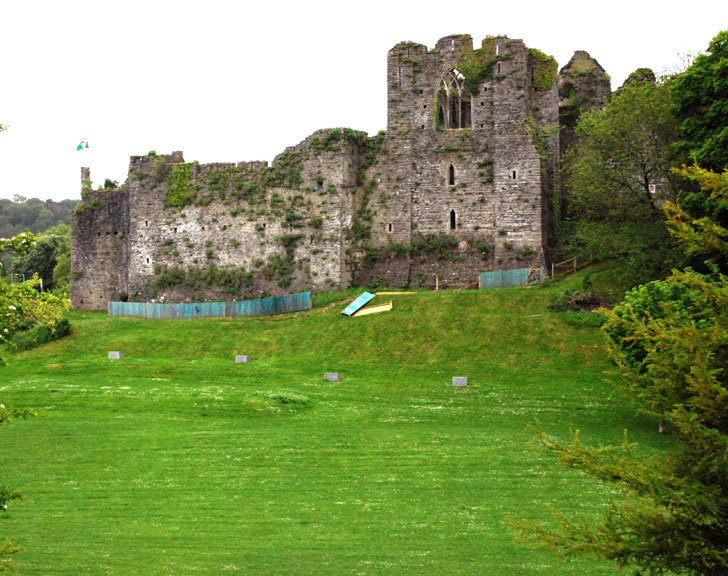 Oystermouth Castle History